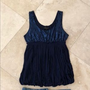 Forever 21 f21 navy sequin top cute party